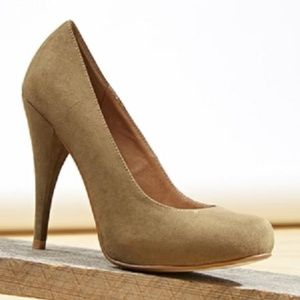 CHELSEA CREW Ann Sage Green Pump Shoes